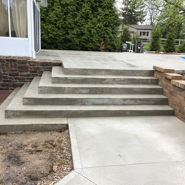 Broom finish pool deck with stairs