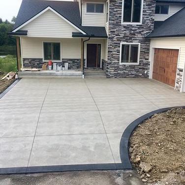 Beautiful homes need beautiful driveways