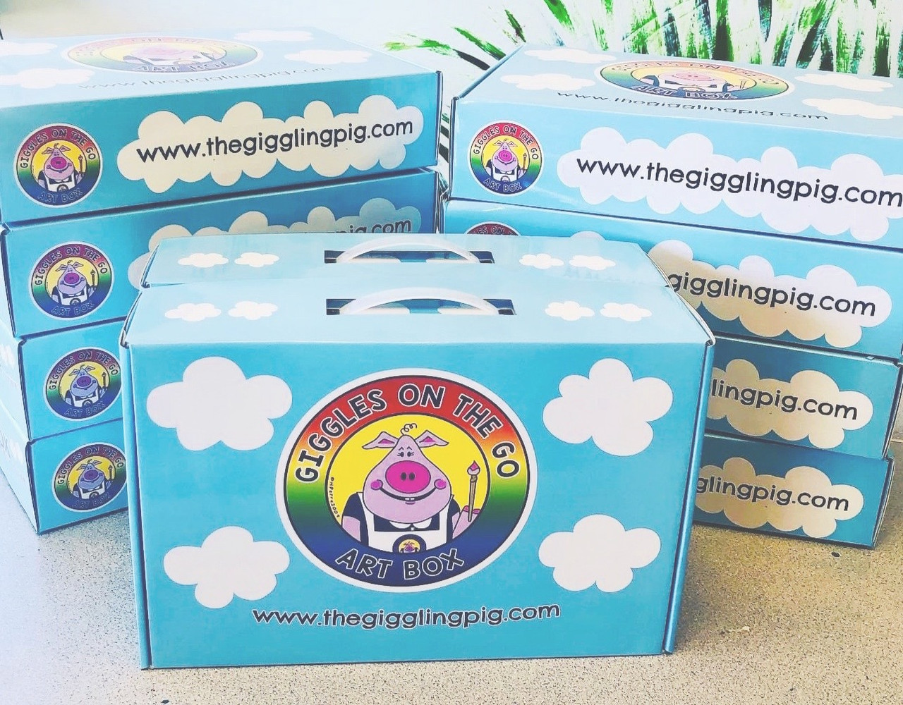 art boxes | The Giggling Pig