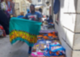 Kanga cloth seller | Stone Town | Zanzibar | Tazania | Shots and Tales