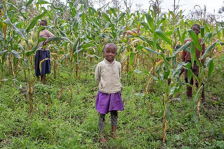 Children at Ngurdoto village | Arusha | Tanzania | Shots and Tales