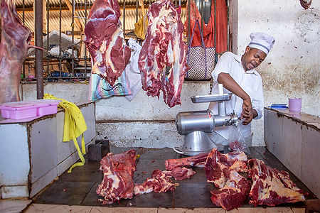 Meat stalls at the market | Stone Town | Zanzibar | Tazania | Shots and Tales