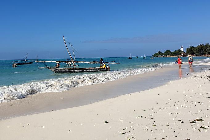 Boats on Nungwi Beach | Zanzibar | Tanzania | Shots and Tales