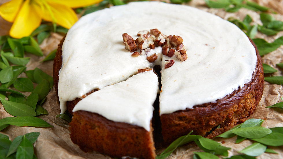 Paleo Pumpkin Cake with Maple Cashew Cream