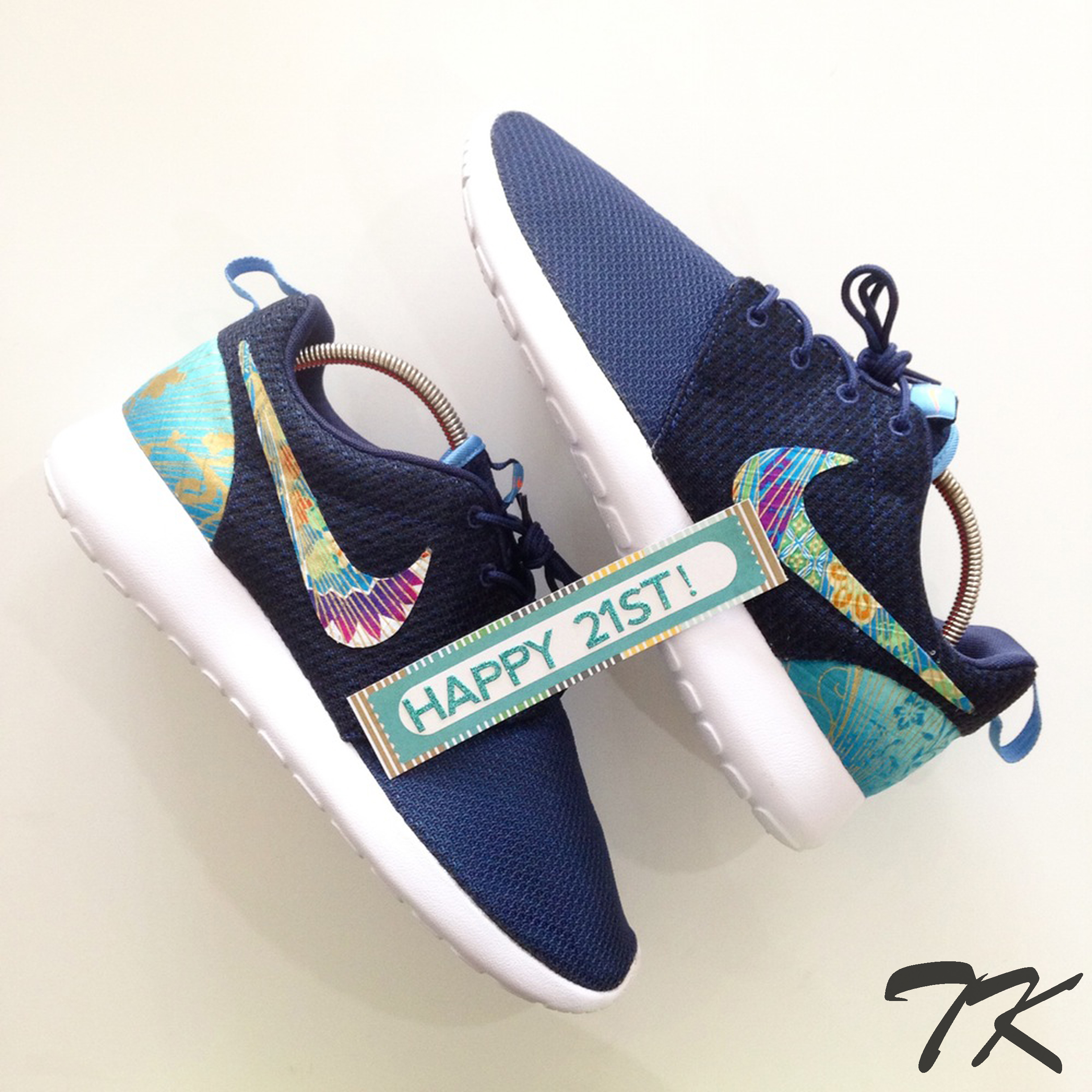 "Nike Roshe One ""SPECTRUM"""