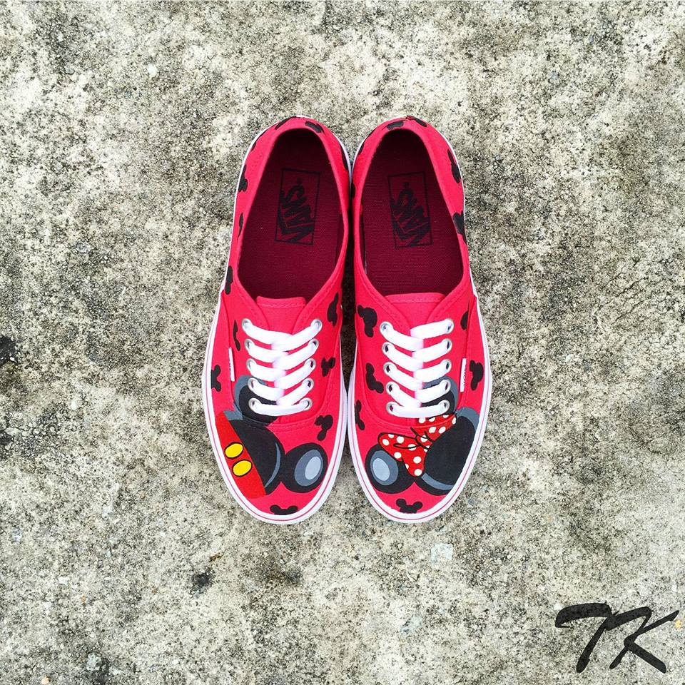 "Vans Era ""MICKEY & MINNIE"""