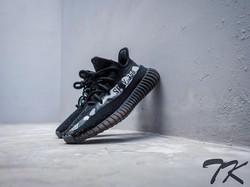 """Adidas Yeezy 350 V2 """"ARTIC CAMO"""""""