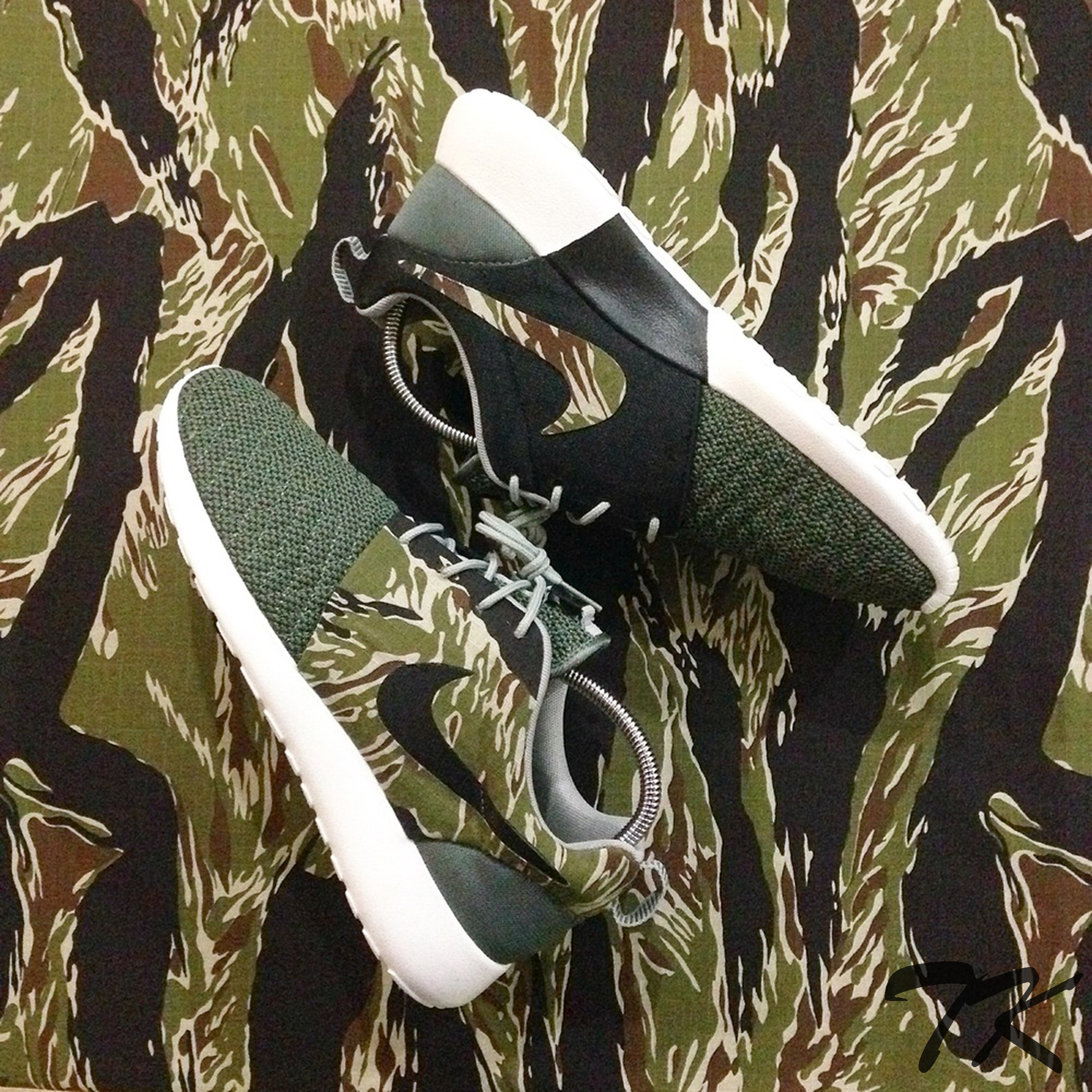"Nike Roshe One ""TIGER CAMO"""