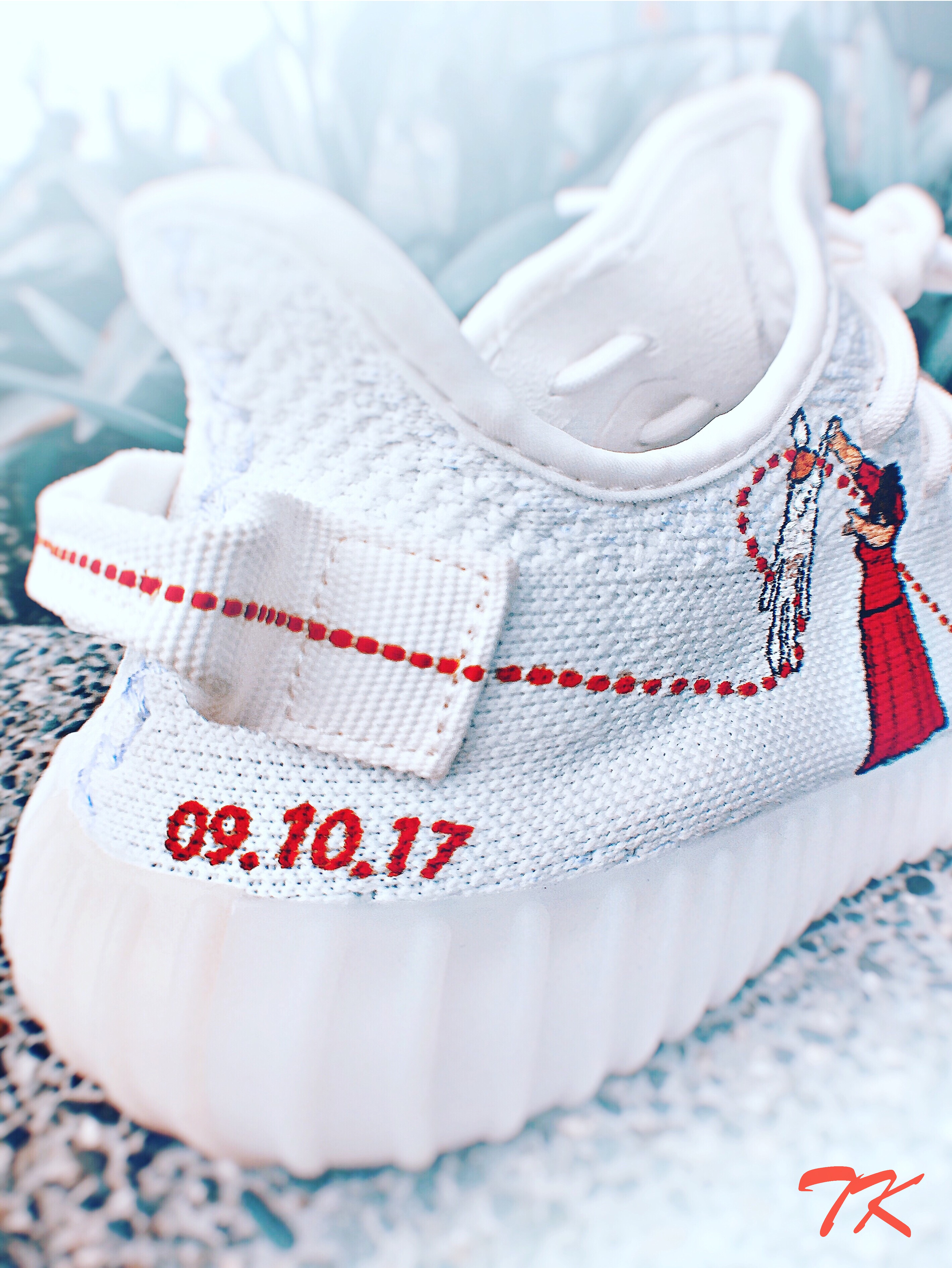 "Adidas Yeezy 350 ""WEDDING"""