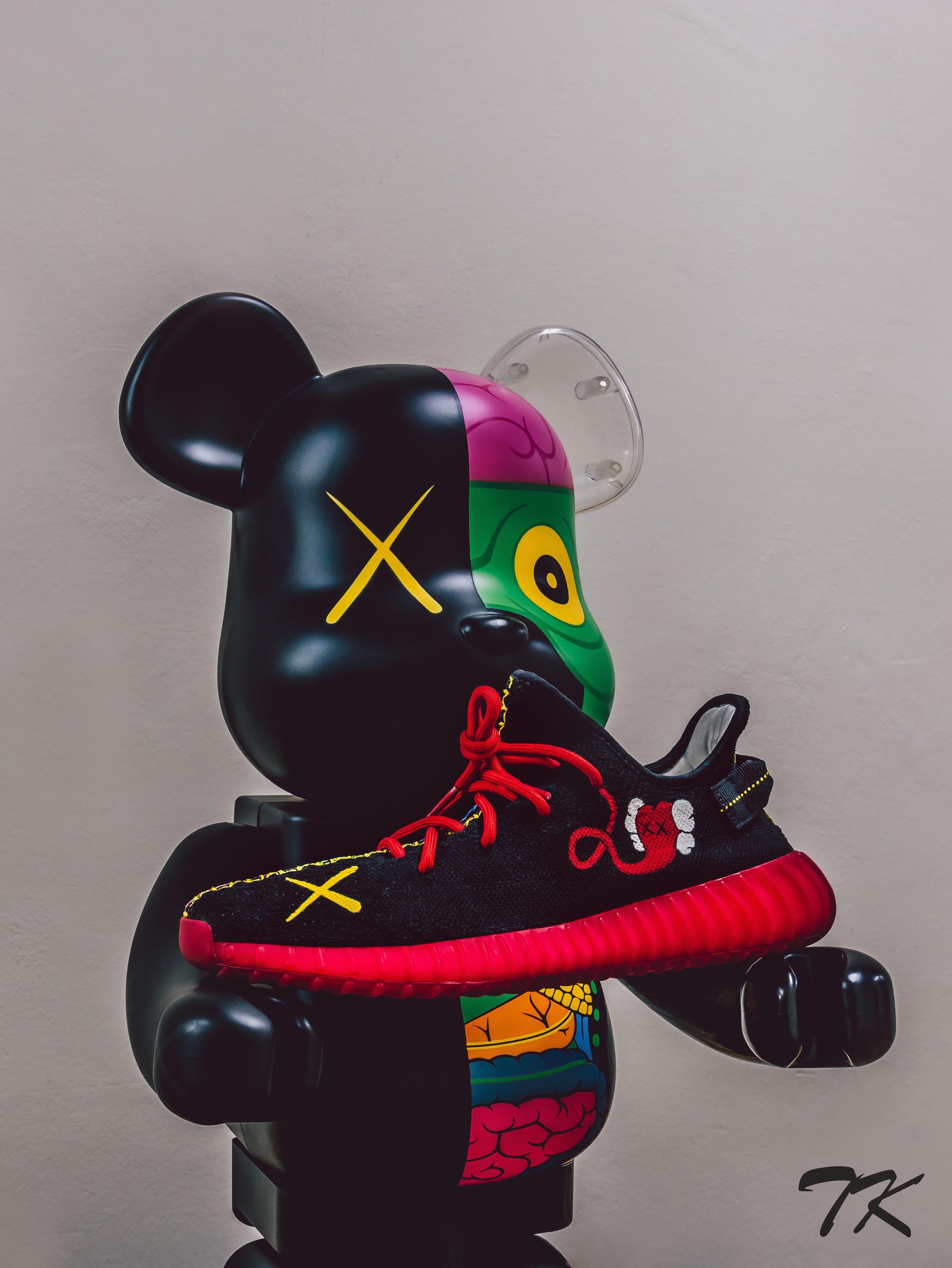 "Adidas Yeezy 350 ""KAWS"""
