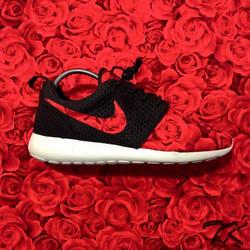 "Nike Roshe One ""BRED"""