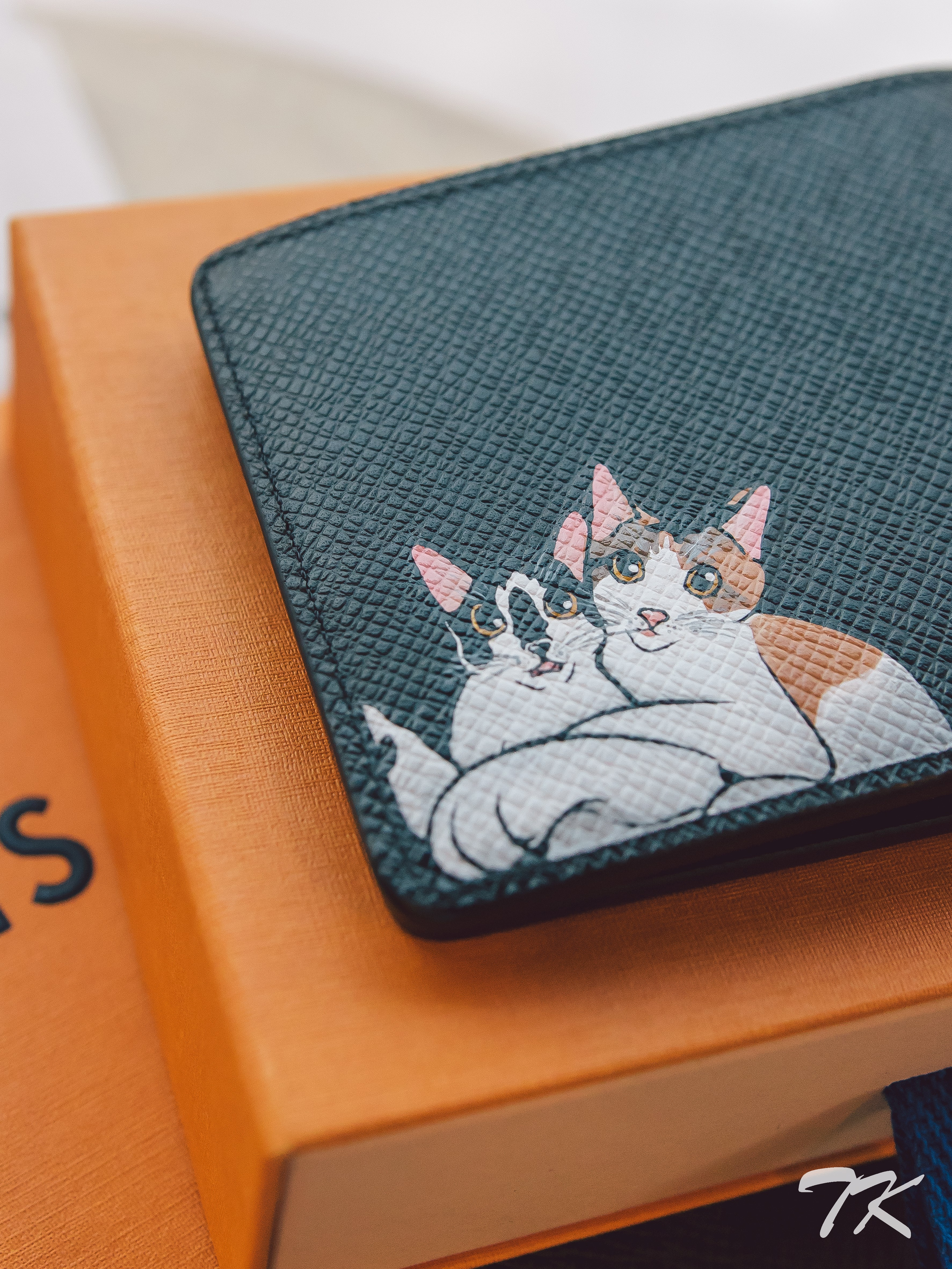 "Louis Vuitton ""CATS"""