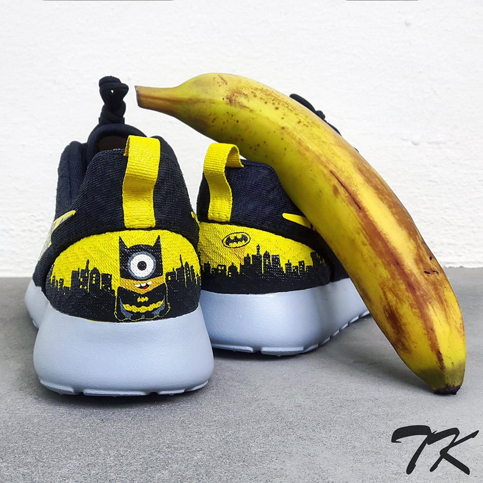 "Nike Roshe One ""BATMINION"""