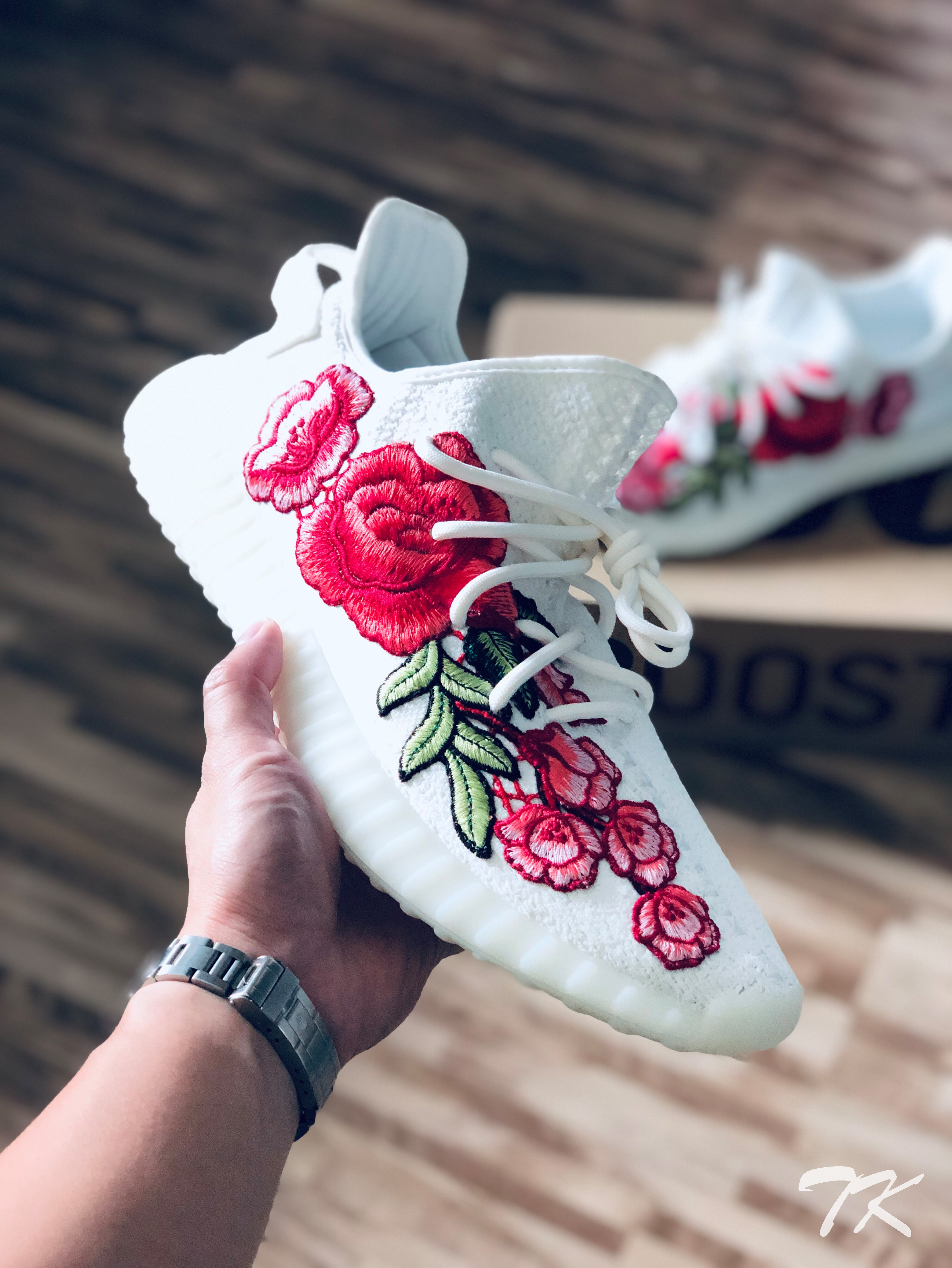 "Adidas Yeezy 350 ""ROSES"""