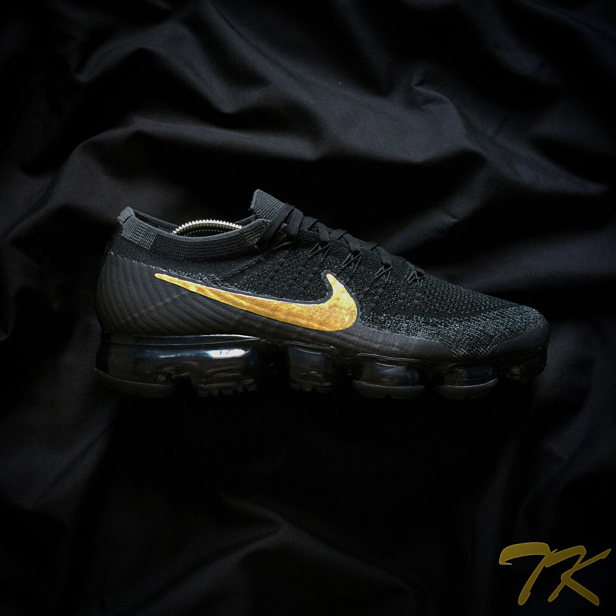 Nike Vapormax Tripleblack GOLD