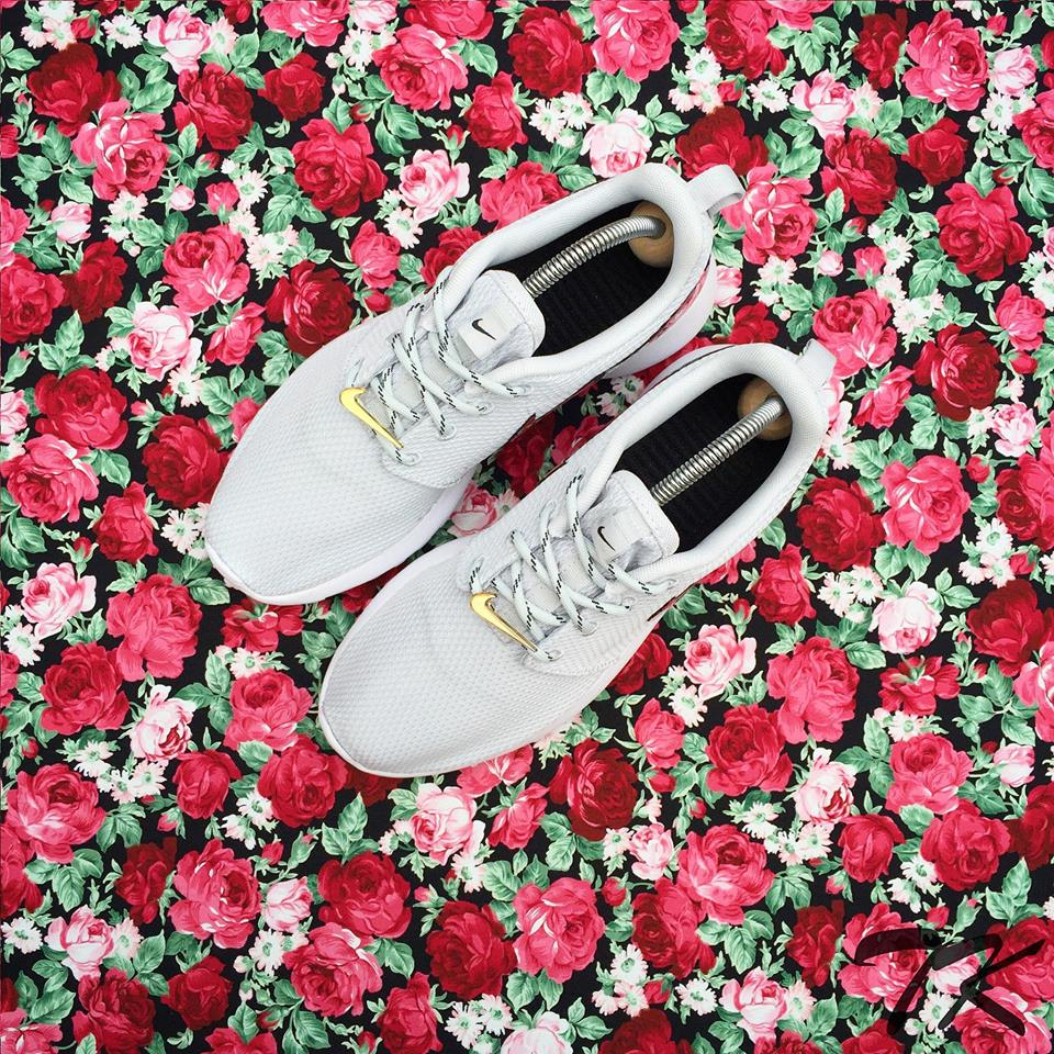 "Nike Roshe One ""BED OF ROSES"""
