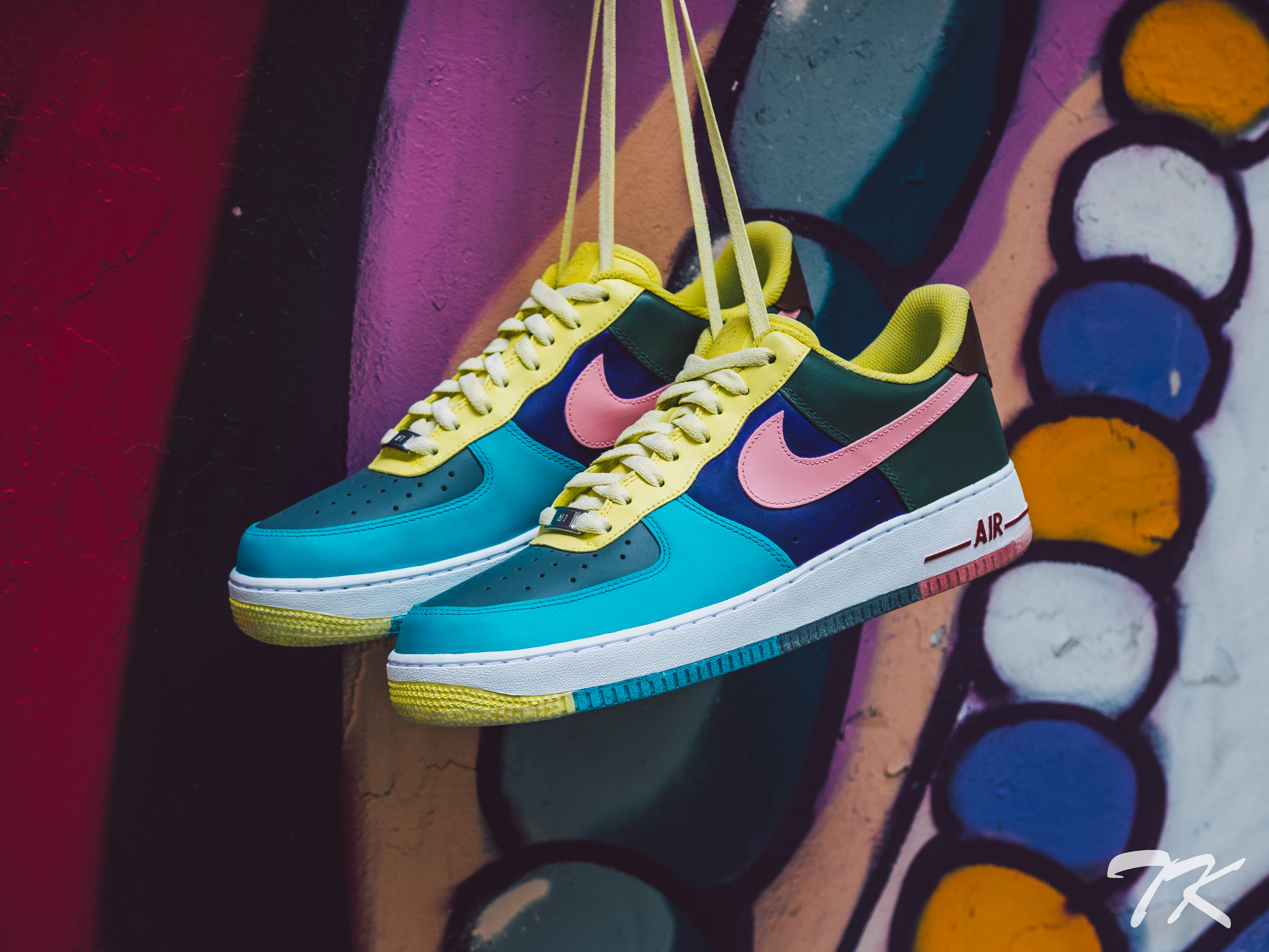 "Nike Air Force 1 ""SEAN WOTHERSPOON"""