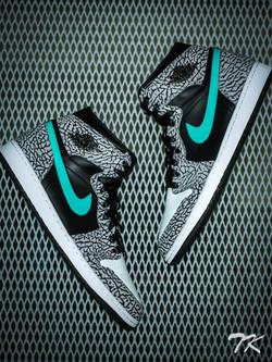 """Nike Air Jordan 1 """"ATMOS"""""""