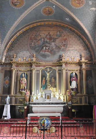 Miremont Saint Eutrope Nef et Choeur1.jp