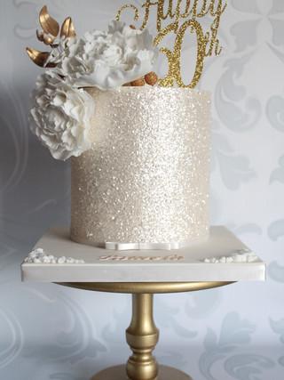 Gold Wooden Pedestal Stand