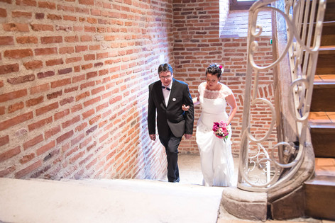 Mairie Entrée marié LeslieGPhotographe