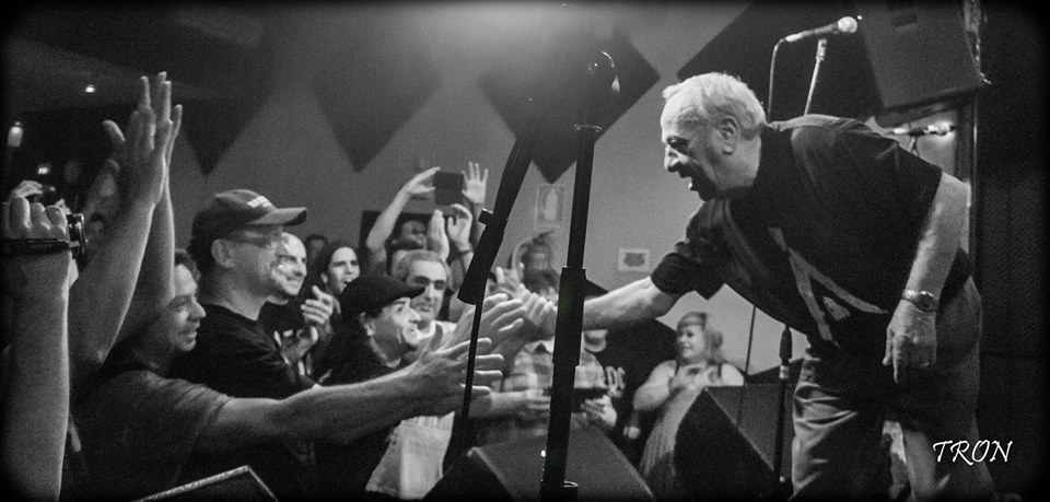 Tony Currenti & fans