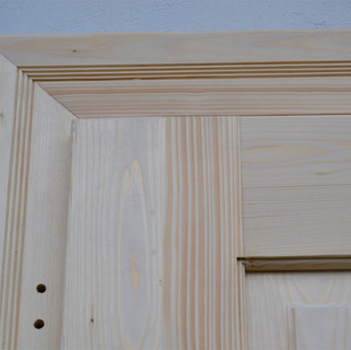Dveře vchodové a zárubně s obložkou