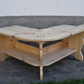 Rohová lavice, ručně hoblovaná