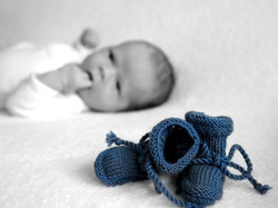 1363962932-Newborn-blauwe-slofjes-218