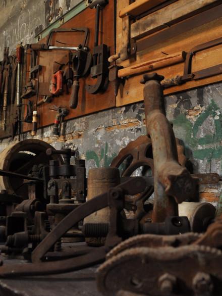 Les outils pour la fabrication et la réparation du matériel agricole, ont aussi servi à fabriquer des armes pour la Hagana.