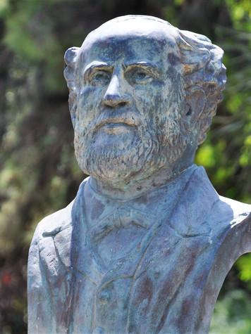 Charles Netter, envoyé par l'Alliance Israëlite Universelle, fonde en 1870 la première école d'agriculture en terre d'Israël, un modèle d'éducation du foyer juif pour engager la reconstruction du pays.