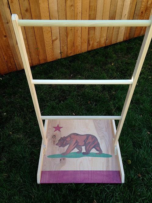 California Flag Ladder Golf