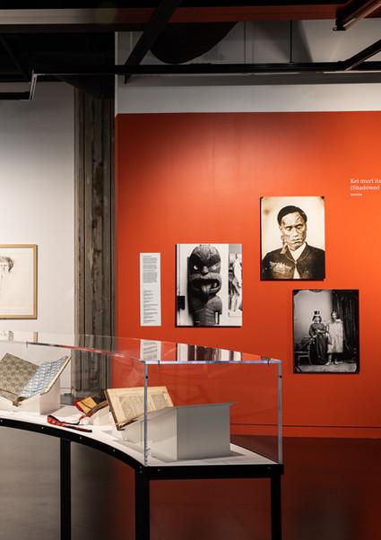 MīHARO WONDER: 100 Years of the Alexander Turnbull Library