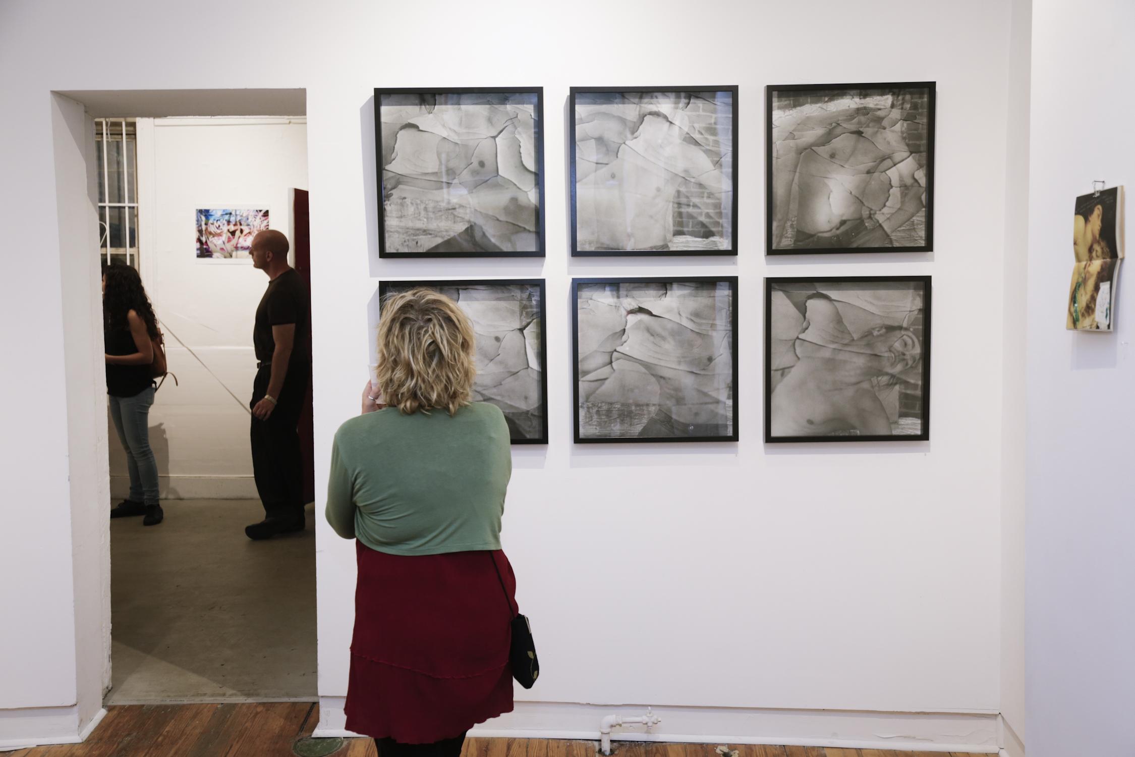 Photo installation