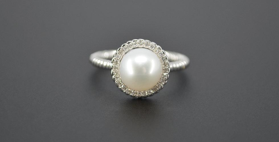 Rope Pearl & Diamond Ring