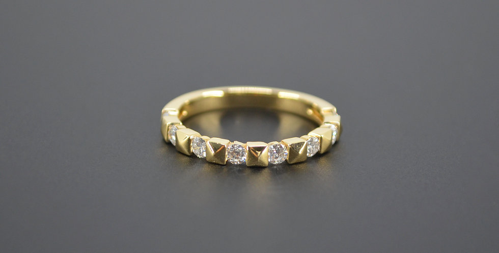 Diamonds & Yellow Gold Stackable Ring