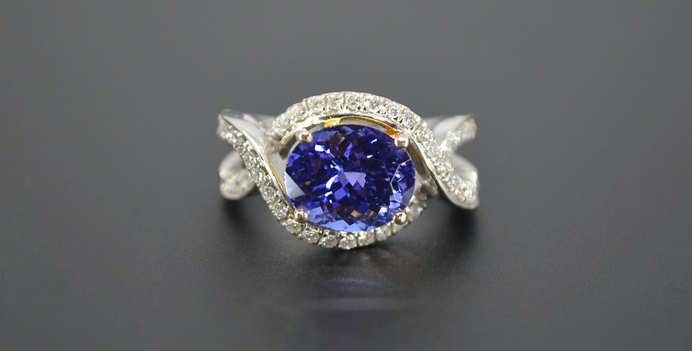 Tantalizing Tanzanite & Diamond Ring
