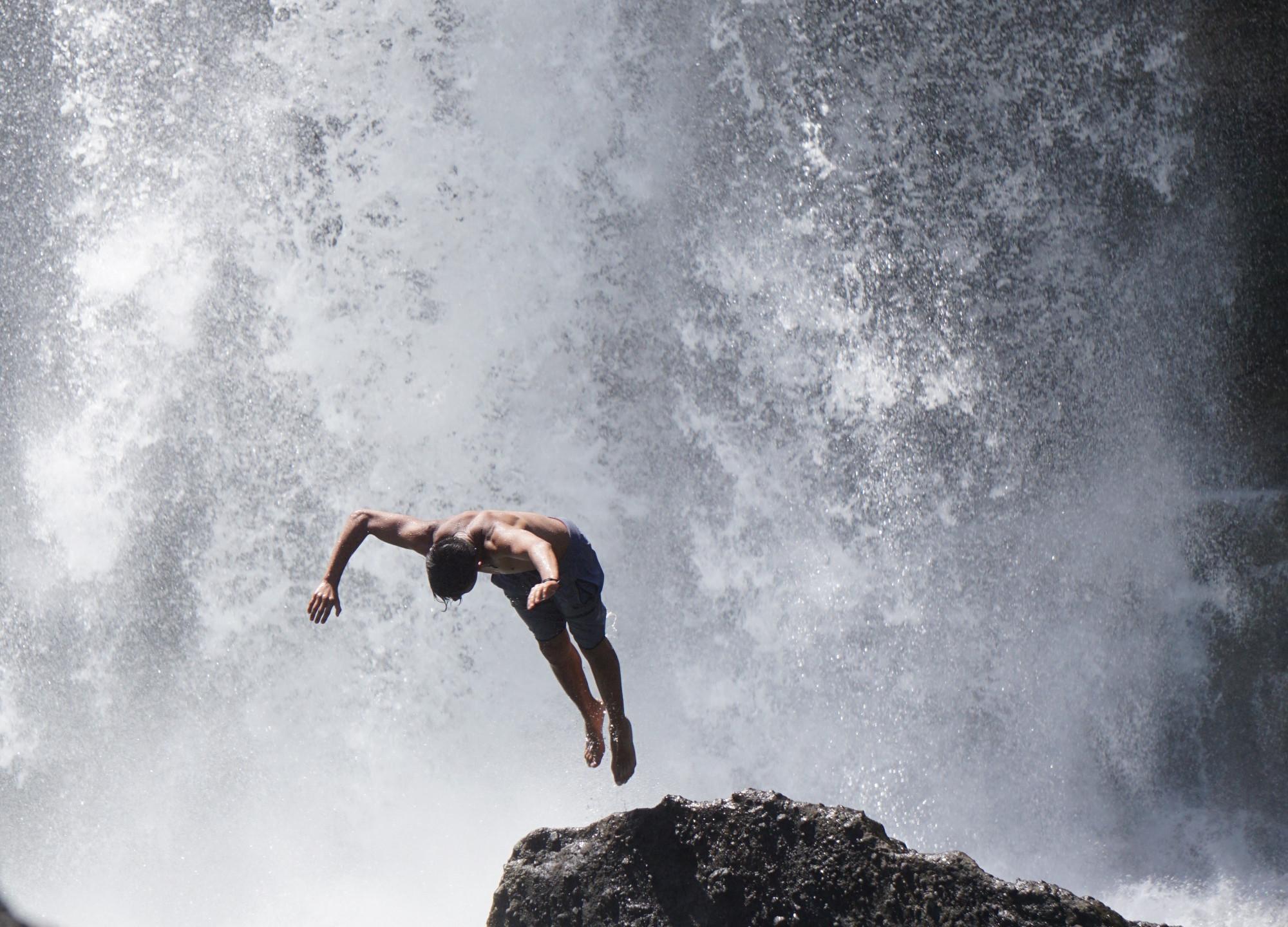 One of many saltos