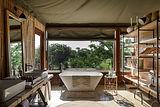 Singita Faru Faru Lodge - Suite Bathroom