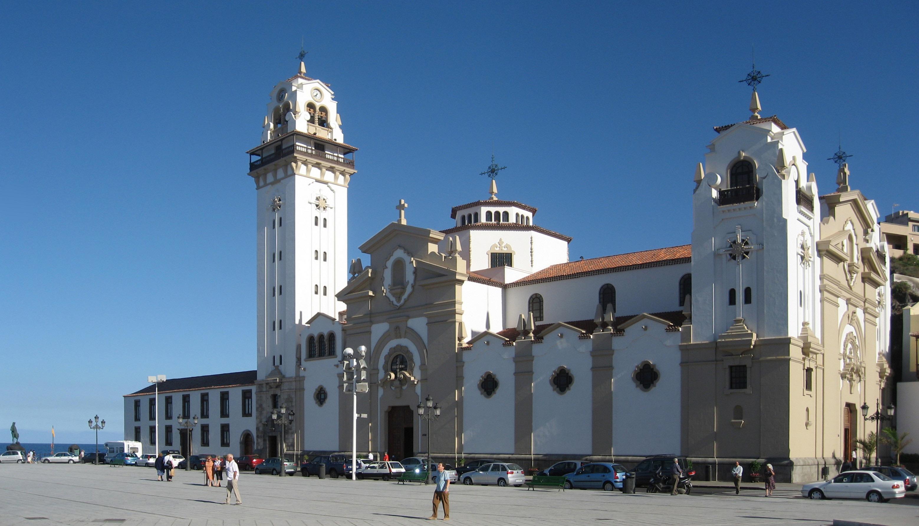 Tenerife.candelaria.exterior.basilica