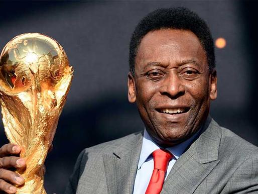 """Edson Arantes Do Nasciemiento, """"Pelé""""; cumple hoy ocho décadas de vida."""
