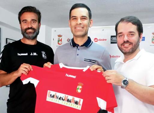 Rafa Márquez inicia carrera como DT.