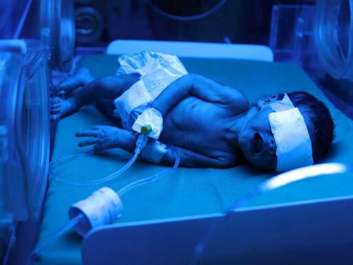 Sorprende caso de bebé que nació con anticuerpos de covid.
