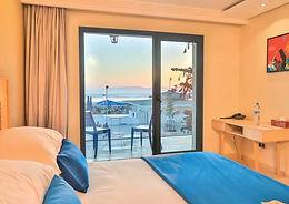COTÉ_OCEAN_HOTEL.jpg