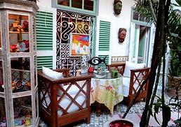 CARAVANE CAFÉ.jpg
