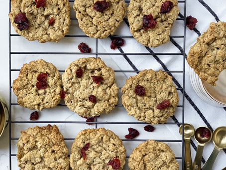 Chewy oat biscuits