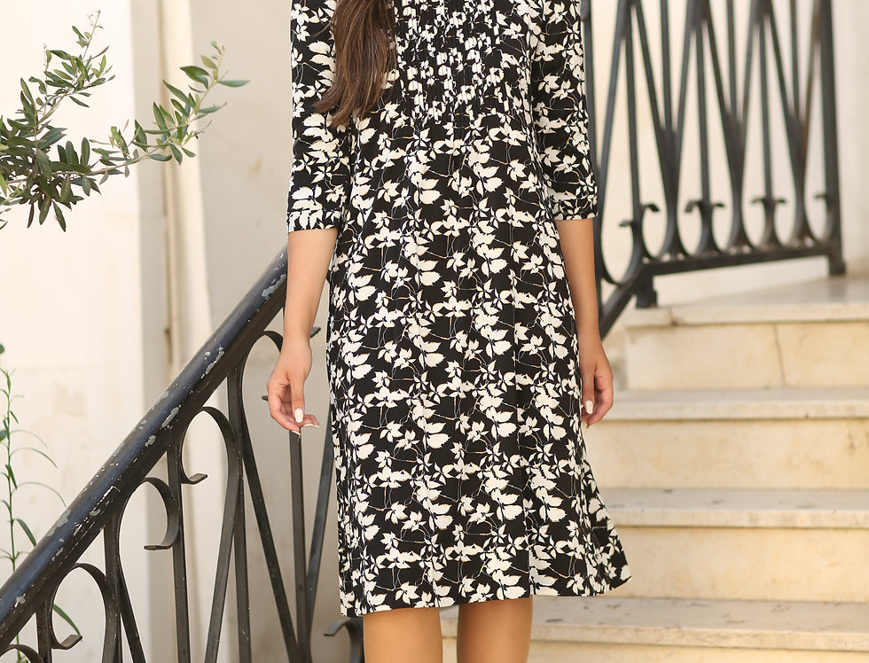 שמלת ג'ניפר בלאק