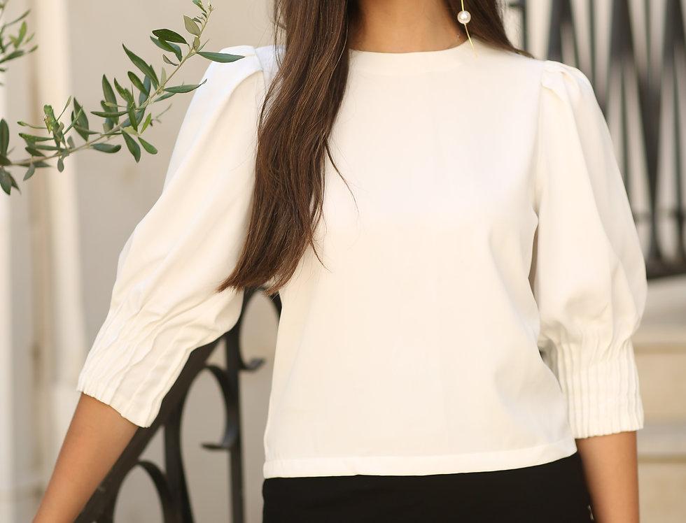 חולצת קפלים לבנה