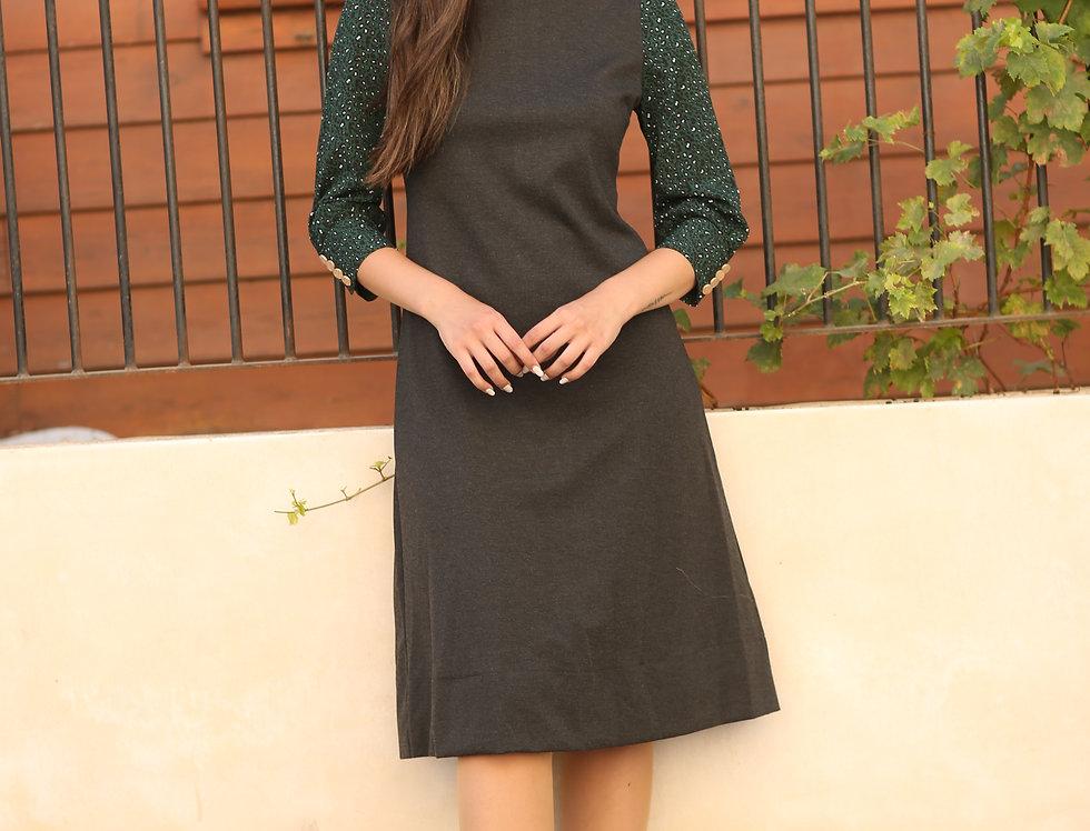 שמלת סוזי אפורה