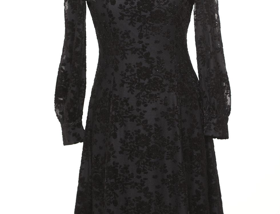 שמלת מולי בלאק**